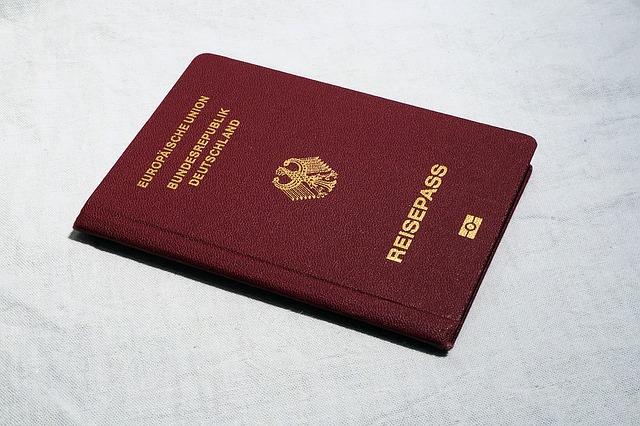 טוב לדעת: מה מקנה לך דרכון אירופאי