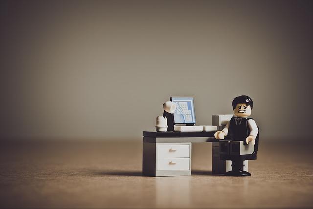 ריהוט בהרכבה עצמית – גם למשרד
